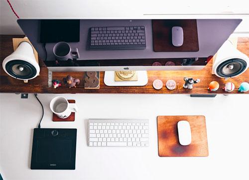 Lựa chọn công cụ phù hợp - Kinh nghiệm học thiết kế cho người làm marketing